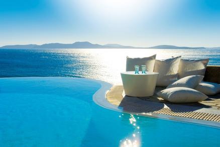Top 10 Spots For A Honeymoon Include Europe Hawaii Caribbean